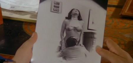 Le foto proibite di una signora perbene locandina 3