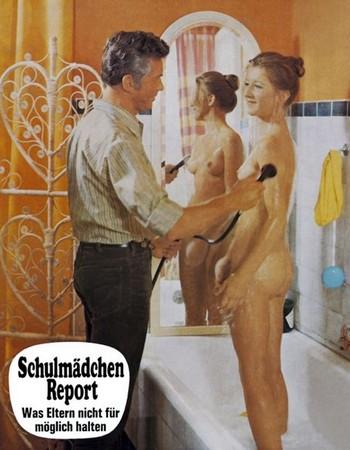 Schulmädchen-Report lobby card 1