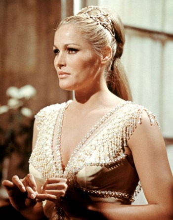 Ursula Andress- Foto 2
