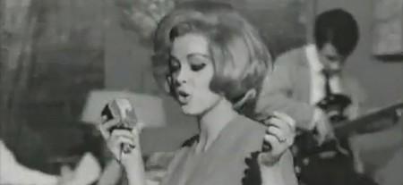 Margaret Lee-Un mostro e mezzo