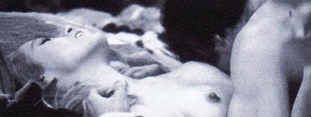 Passi di danza su una lama di rasoio foto 1
