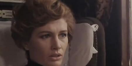 Evelyn Stewart- Napoli spara