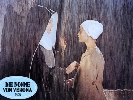 Le monache di Sant'Arcangelo locandina lob.card 8