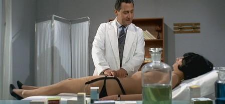 2 Il medico della mutua foto 1
