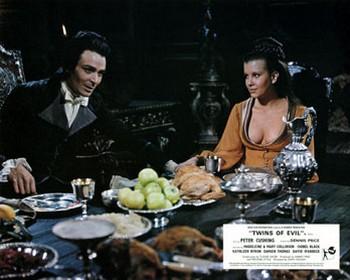 Le figlie di Dracula lobby card 8