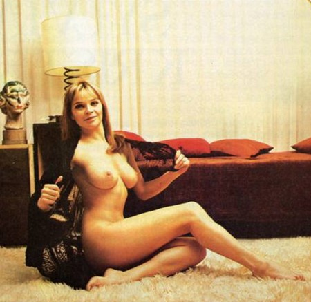 Laura Antonelli photobook 17