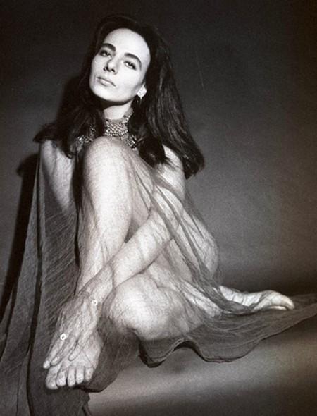 Marilu Tolo Photobook 18