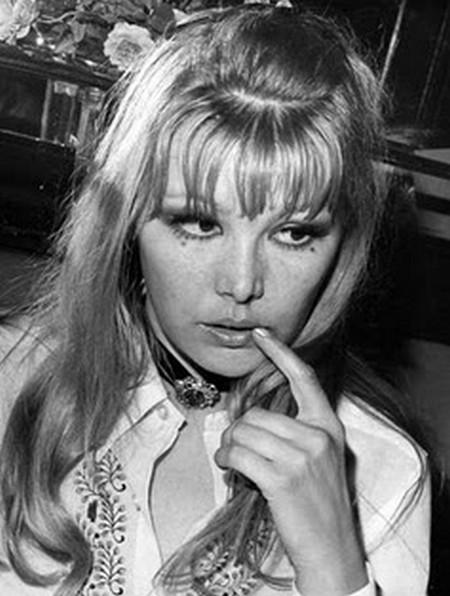 Brigitte Skay Photobook 9