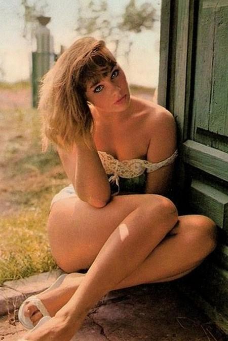 Elke Sommer photobook 19