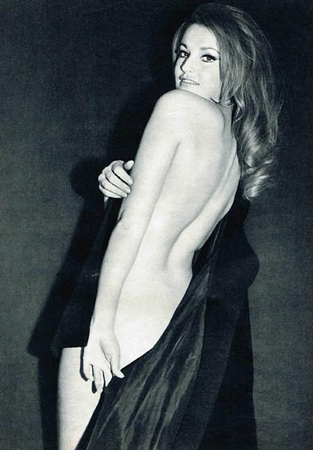 Magda Konopka Photobook 15