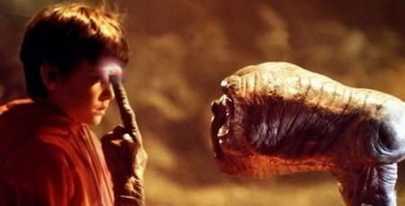 2 E.T. Spielberg