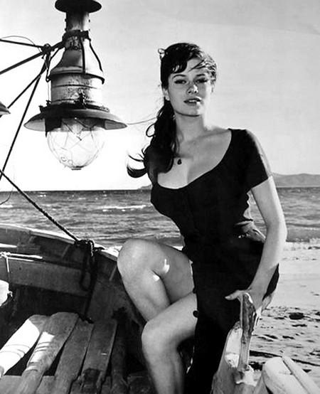 Luciana Paluzzi Photobook 5