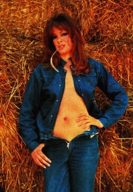 Margaret Lee Photobook 14