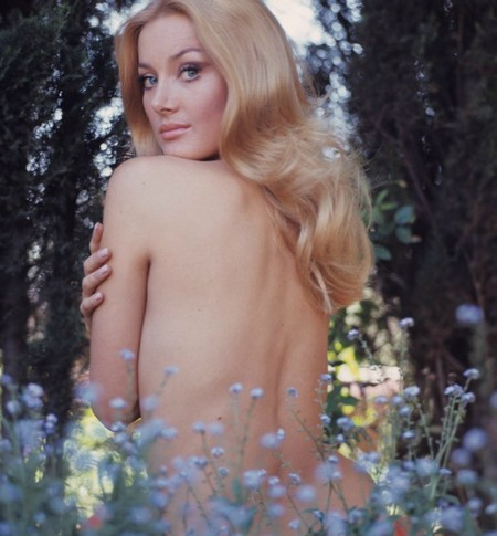 Barbara Bouchet Photobook 10