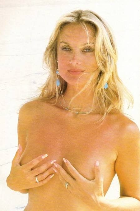 Barbara Bouchet Photobook 14