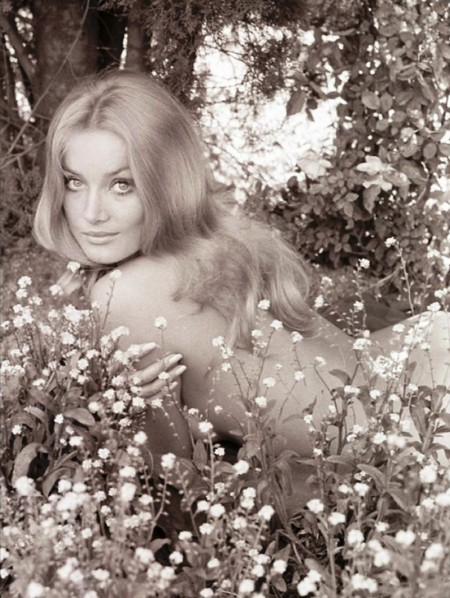 Barbara Bouchet Photobook 8