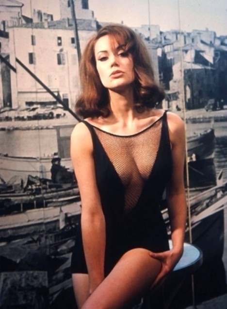 Claudine Auger Photobook 20