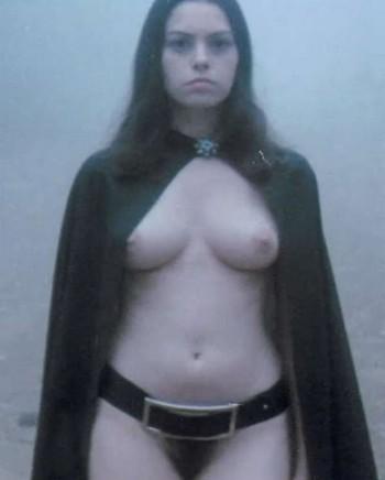 Female vampire foto 1