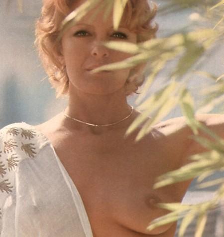 Lisa Gastoni Photobook 15