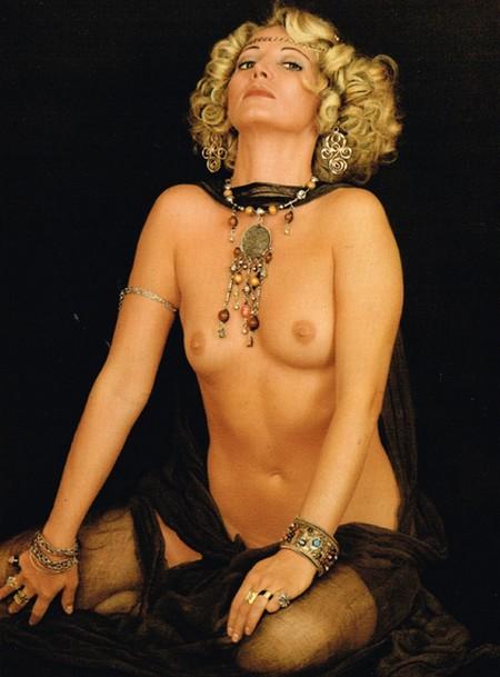 Lucretia Love Photogallery 5