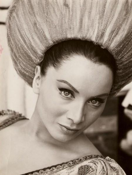 Maria Grazia Buccella Photobook 21
