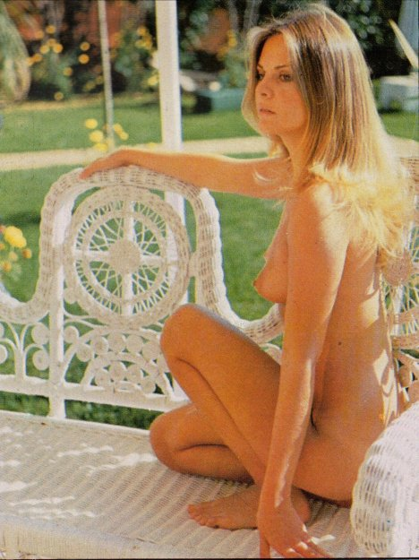Silvia Dionisio Photobook 9