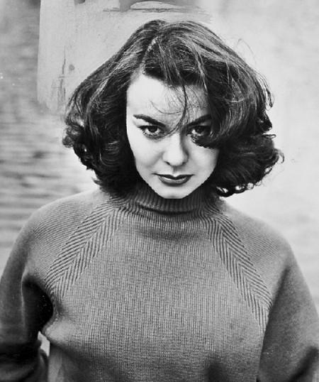Anne Heywood Photobook 17