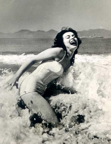 Anne Heywood Photobook 19