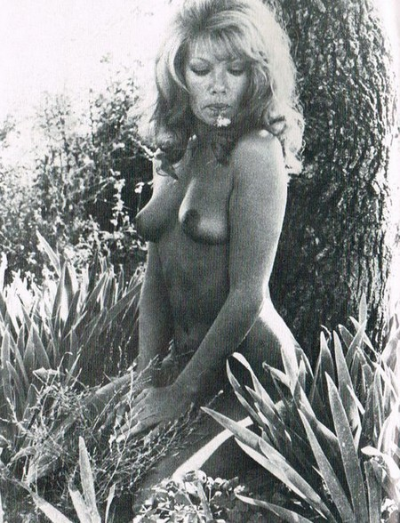 Janine Reynaud Photobook 11