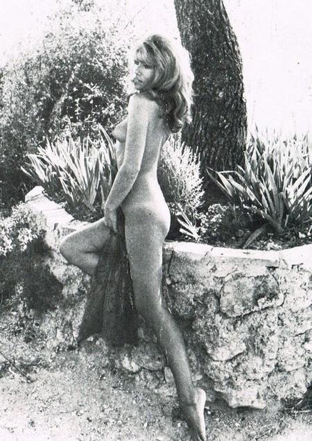 Janine Reynaud Photobook 8