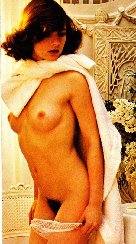 Leonora Fani Photobook 6