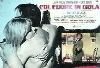 Col cuore in gola lobby card 5