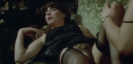 Annie Belle L'alcova