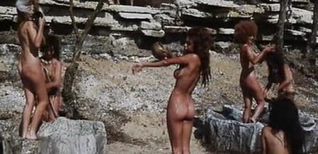 Nadia Cassini Quando gli uomini armarono la clava e… con le donne fecero din-don 2