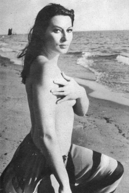 Rosalba Neri Photobook 14