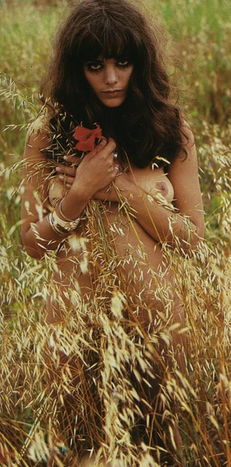 Tina Aumont Photobook 10