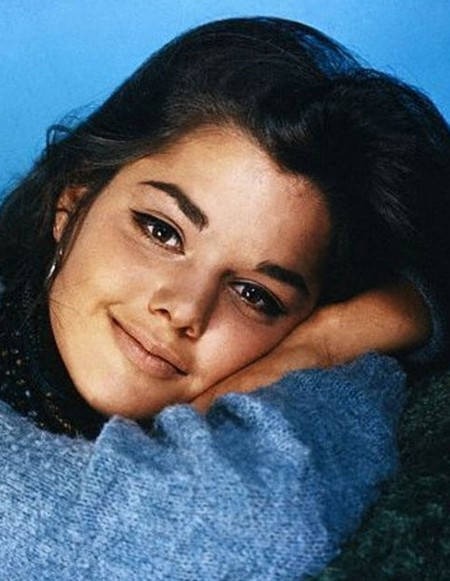 Tina Aumont Photobook 12
