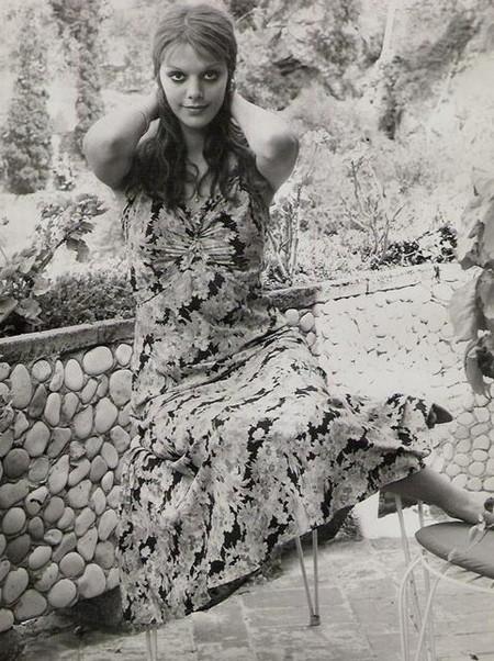 Tina Aumont Photobook 18