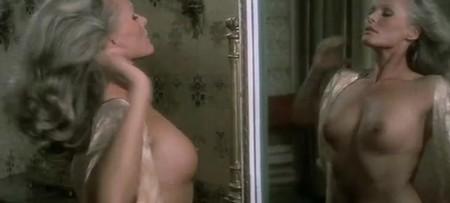 Ursula Andress Spogliamoci cosi senza pudor