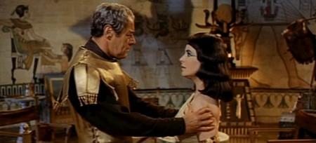 Cleopatra 15