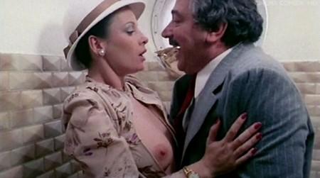 commedia erotica sinonimo di prostituta