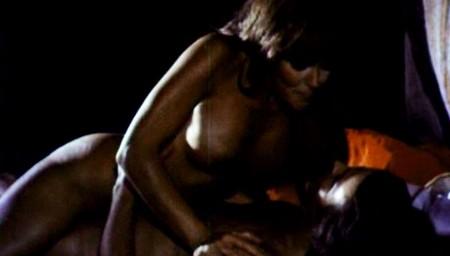Le guerriere dal seno nudo 6