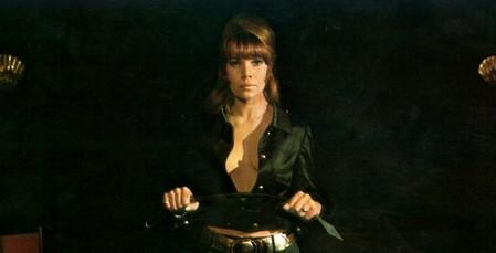 16 Janine Reynaud Succubus