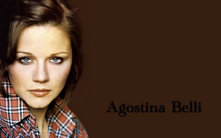 Agostina Belli Wallpaper