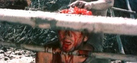 Cannibal ferox 13