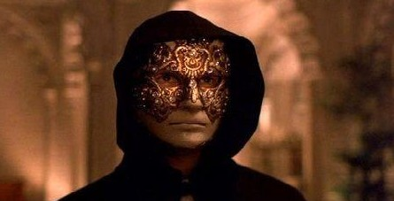 Eyes wide shut 5