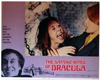 I satanici riti di Dracula lobby card 2