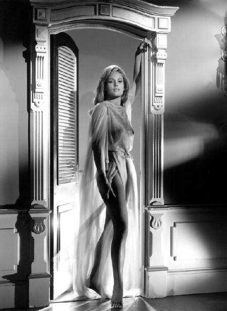 Ursula Andress Photobook 13
