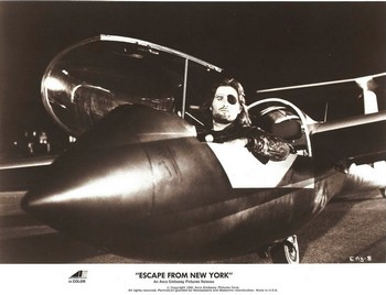 1997 fuga da New York lobby card 4