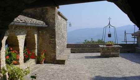 Per grazia ricevuta location Allo Speco di San Francesco nei pressi di Sant'Urbano di Narni